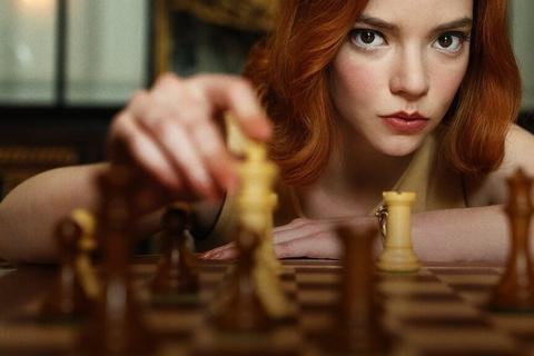 Những điều thú vị đằng sau loạt phim về nữ thiên tài cờ vua