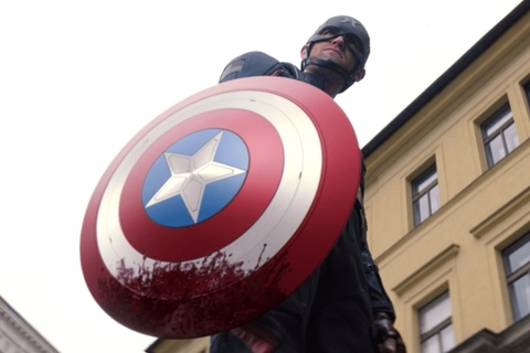 Captain America hay Captain of Nothing: Goc khuat am anh cua nuoc My hinh anh