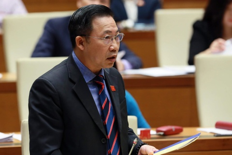 'Chủ tịch UBND tỉnh tiếp dân 9 phút, rồi đi nhậu'