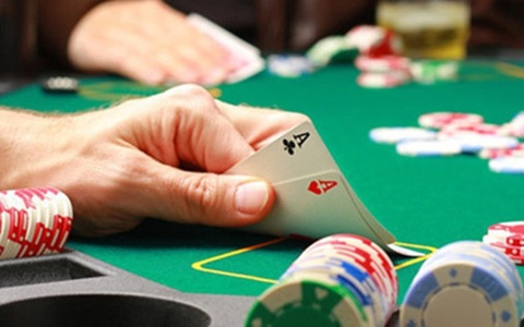 Thue doanh nghiep casino duoc giam sat truc tiep hoac qua camera hinh anh