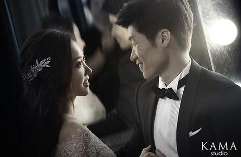 Anh cuoi dung chat Han Quoc cua vo chong Park Ji Sung hinh anh