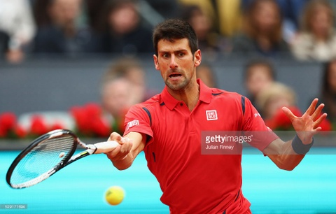 Video tran Djokovic ha guc Murray o chung ket Madrid Open hinh anh