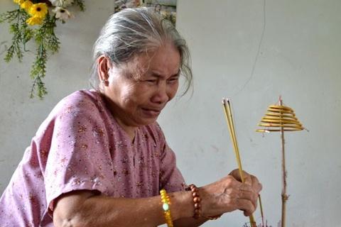 Mot thai phu 'chet chay' nghi do bi chong tat xang hinh anh