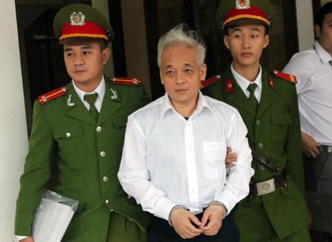 Nguyen Duc Kien tiep tuc choi toi hinh anh