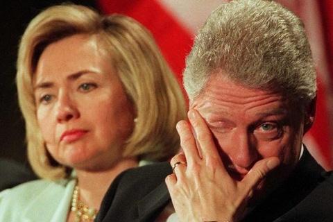 Cuu tong thong Bill Clinton tung quan sau khi roi Nha Trang hinh anh