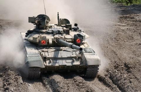 Xe tang T-90 se duoc san xuat tai Viet Nam? hinh anh
