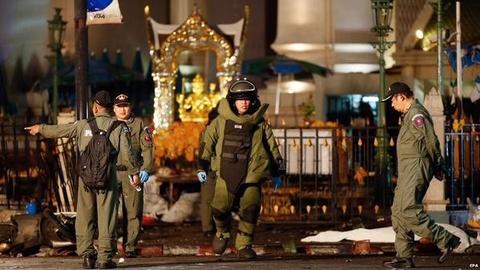 Bat on chinh tri Thai Lan va vu danh bom Bangkok hinh anh