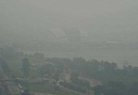 Singapore truoc va sau khi chim trong khoi mu hinh anh 2