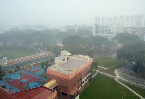 Singapore truoc va sau khi chim trong khoi mu hinh anh 12