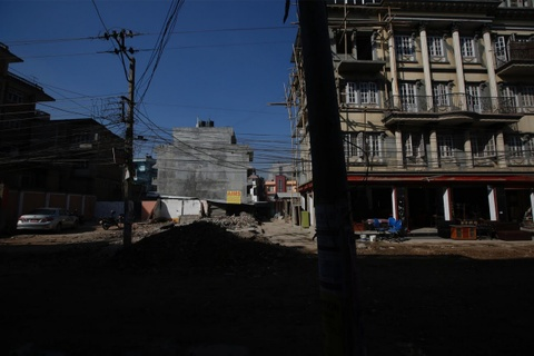 Nhung vet seo chua lanh mot nam sau dong dat Nepal hinh anh 16