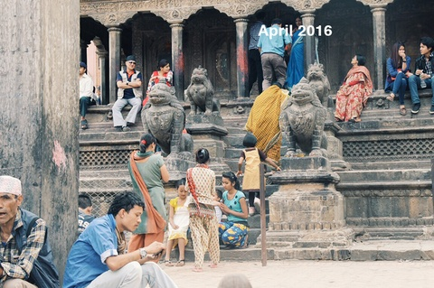 Nhung vet seo chua lanh mot nam sau dong dat Nepal hinh anh 12