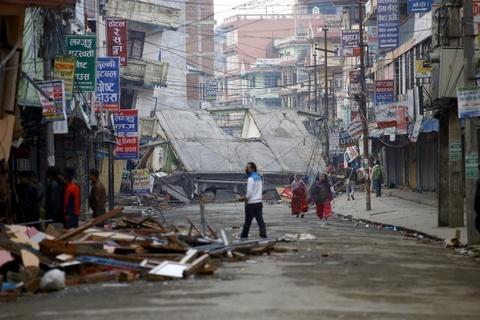 Nhung vet seo chua lanh mot nam sau dong dat Nepal hinh anh 13