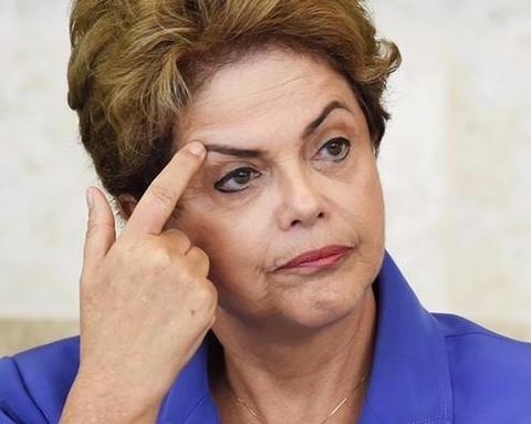 Tong thong Brazil bi phe truat hinh anh