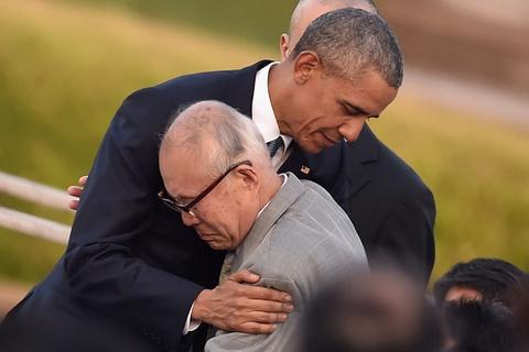obama tham khu tuong niem hoa binh hiroshima hinh anh