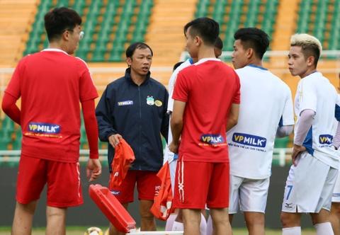 Van Toan - tien dao co nhiem vu tao dot bien o Asian Cup hinh anh 2