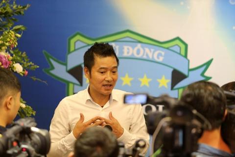 Nghe loi Trieu Quang Ha, danh thu Hong Son tai xuat bong da hinh anh