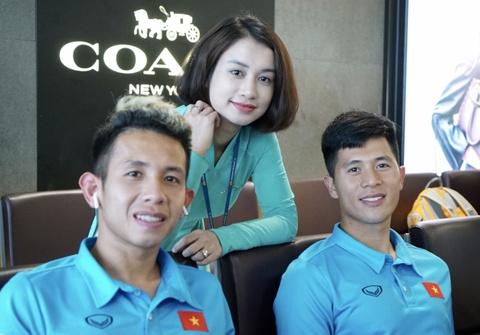 Doi tuyen Viet Nam di Myanmar da AFF Cup hinh anh