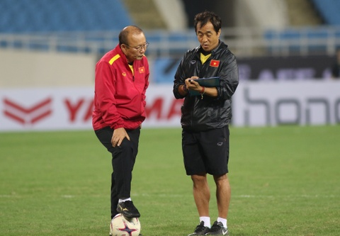 HLV Park Hang-seo khong cu nguoi xem Thai Lan da voi Malaysia hinh anh