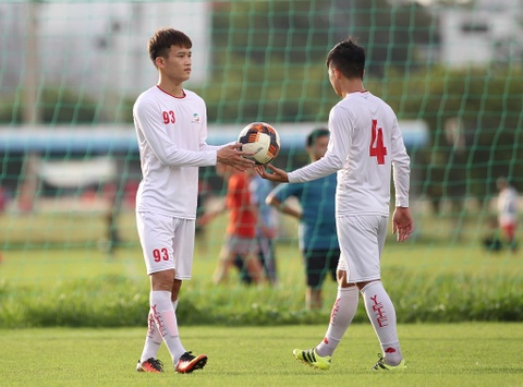 Bo doi hoc tro ong Park thu tha truoc tran gap Sai Gon FC hinh anh 2