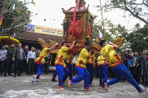 Ruoc kieu loi ao lanh suot 5 gio o Thai Binh hinh anh 3