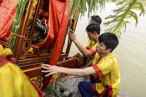 Ruoc kieu loi ao lanh suot 5 gio o Thai Binh hinh anh 5