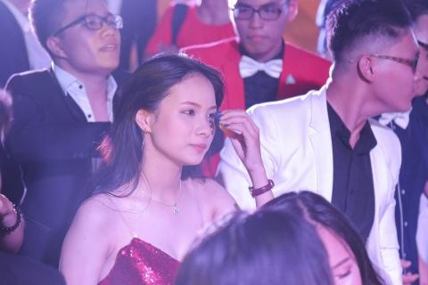 Teen Luong The Vinh chia tay bang nu hon va nhung dieu nhay hinh anh 15