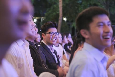 Teen Luong The Vinh chia tay bang nu hon va nhung dieu nhay hinh anh 3