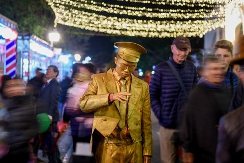 Lễ hội Pháp 2018 khai mạc trong đêm giá lạnh tại Hà Nội