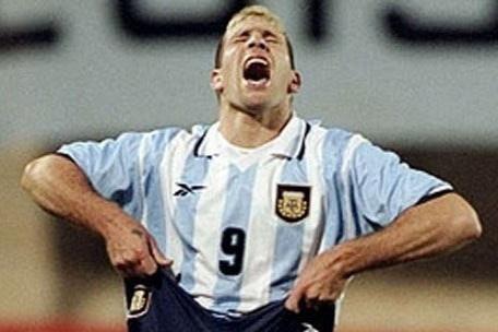 Ky luc 3 lan da hong penalty lien tiep cua Palermo hinh anh