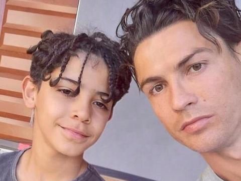 Canh sat dieu tra vu con trai Ronaldo lai mo to nuoc hinh anh