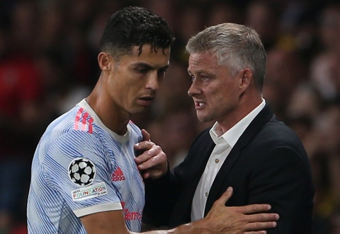 Cai toi cua Ronaldo se la van de voi Solskjaer hinh anh