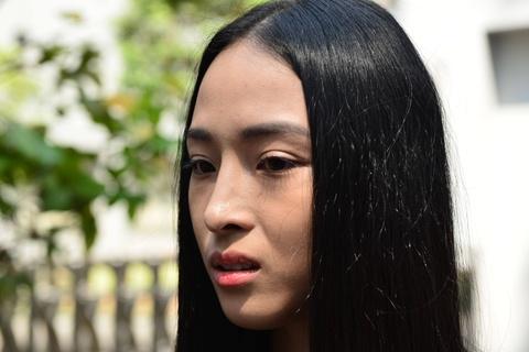 Hoa hau Phuong Nga: 'Tet nay, toi bat dau nghi ve con duong moi' hinh anh