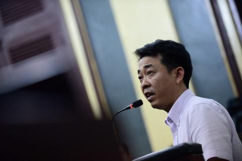 Doi toi danh truy to nguyen Tong giam doc VN Pharma va dong pham hinh anh 1
