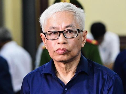 Vu 'nhom' khai muon tien cua Tran Phuong Binh 10 lan hinh anh 2