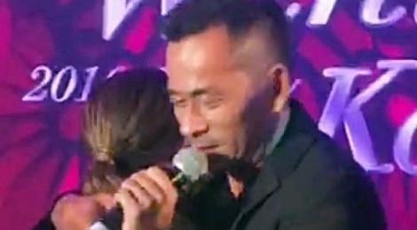 Sao nu TVB sap sinh con, ty phu song bac khoc om vo ca hinh anh