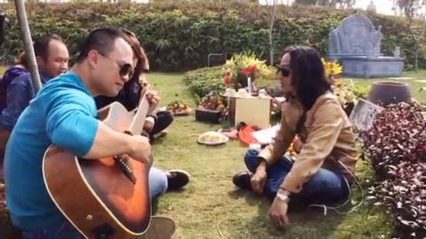 Trieu Hoang Lan hat lai 'Tieng goi' chuc mung sinh nhat thu linh Buc Tuong hinh anh