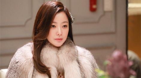 Kim Hee Sun tre trung trong phim moi hinh anh