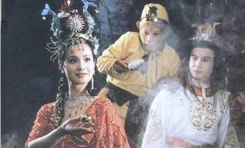 My nhan 'Tay du ky 1986': Giau kech xu, dong phim chi vi vui hinh anh