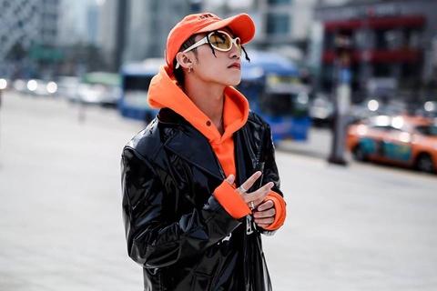 Son Tung M-TP bi to sao chep y tuong trang phuc o Seoul hinh anh 1