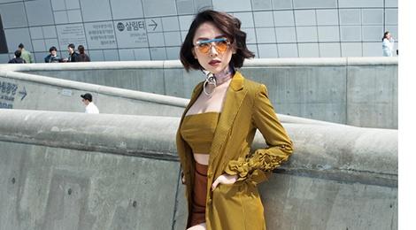 Toc Tien dien dam goi cam thu hut truyen thong quoc te o Seoul hinh anh