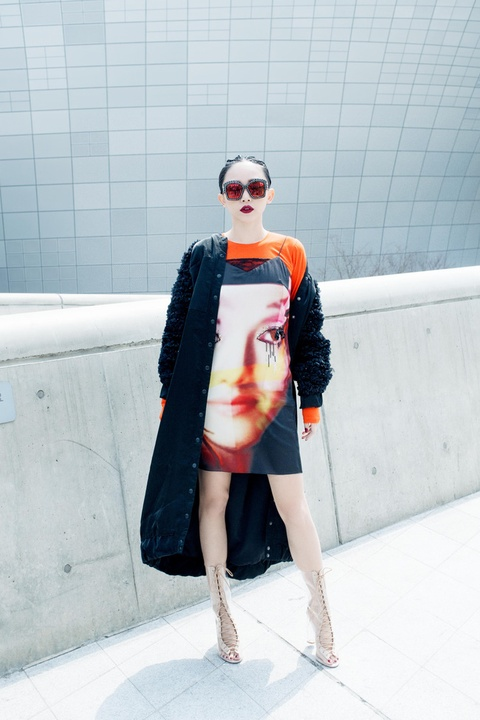Toc Tien 'chat lu' trong lan cuoi du Seoul Fashion Week 2017 hinh anh 2