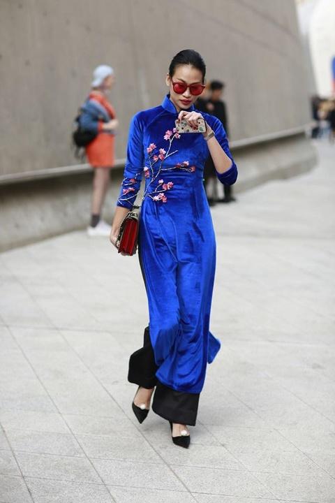 Toc Tien 'chat lu' trong lan cuoi du Seoul Fashion Week 2017 hinh anh 7