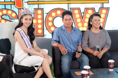 Cha hoa hau Thai Lan 'dep nhu tien': 'Dau don vi con chuyen gioi' hinh anh