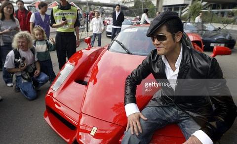 Bo suu tap sieu xe dang cap cua Thien vuong Hong Kong Quach Phu Thanh hinh anh