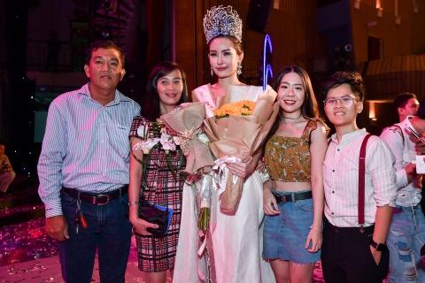 Dan mang che Hoa hau Dai duong 2017 kem sac hinh anh 11
