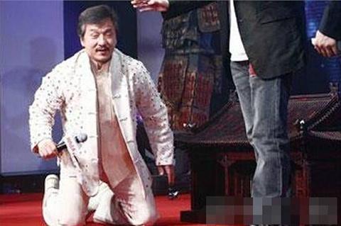 Hong Kong 1990: Thanh Long vac luu dan, quan ly Ly Lien Kiet bi giet hinh anh