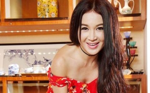 'Phan Kim Lien' On Bich Ha trai long sau ran nut voi chong ty phu hinh anh