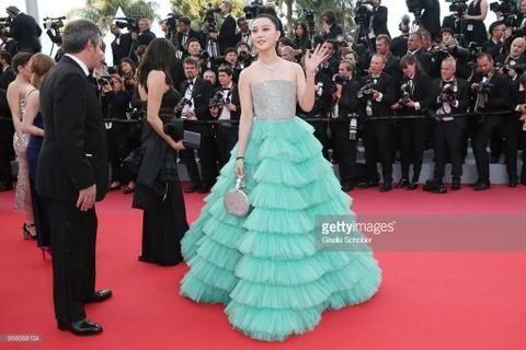 Clip Pham Bang Bang duoc chao don tren tham do Cannes 2018 hinh anh