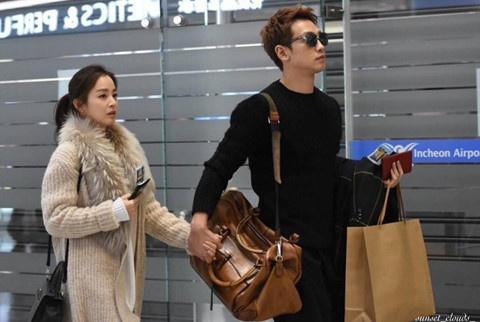 Bi Rain - Kim Tae Hee du lich nuoc ngoai sau on ao xich mich gia dinh hinh anh