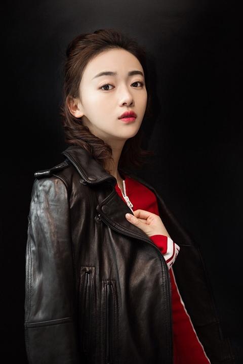 My nhan 'Dien Hi cong luoc': Nhan sac no muon cua showbiz Trung Hoa hinh anh 4